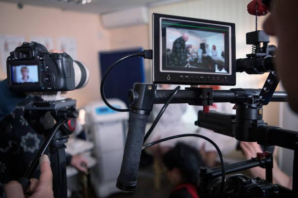 비디오 카메라 세트, 무대 뒤에서 영화 장면 - 산업 뉴스 사진 이미지