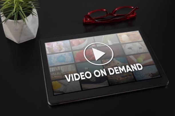video on demand - bestellen stock-fotos und bilder
