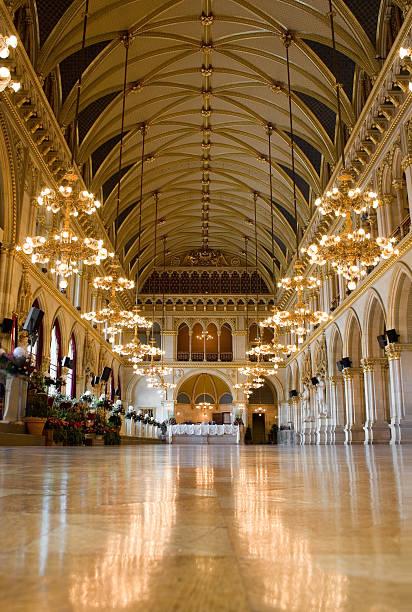 wiedeński ratusz - sala balowa zdjęcia i obrazy z banku zdjęć