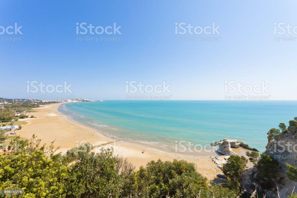 Vieste, Apulien - Ansicht aus Sicht über die Bucht von Vieste – Foto