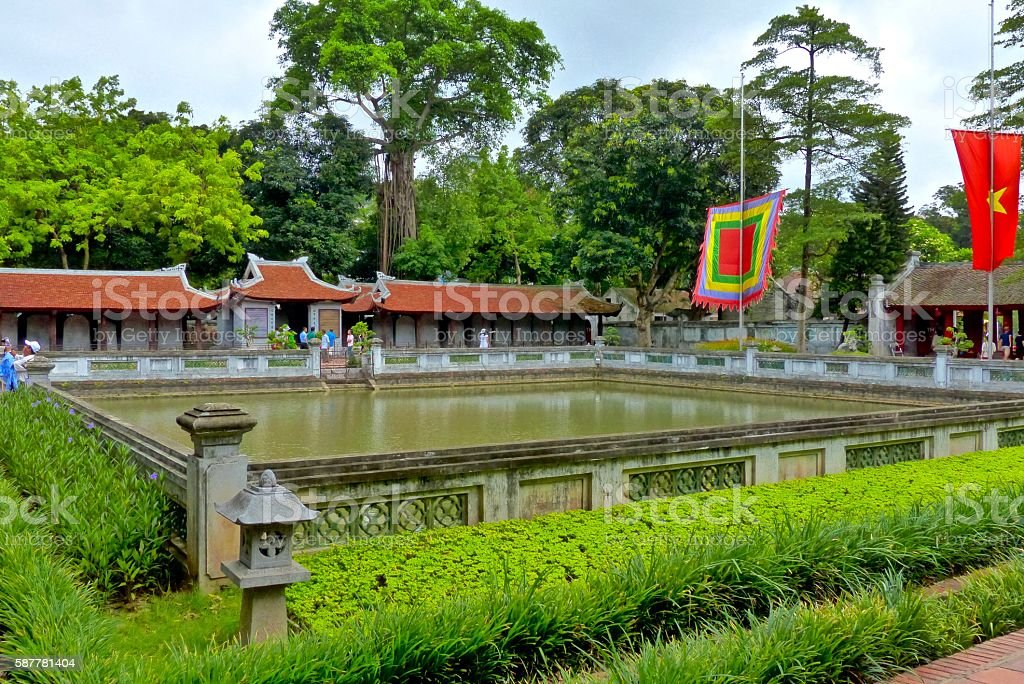 Vietnam-Hanoi, temple de la littérature stock photo