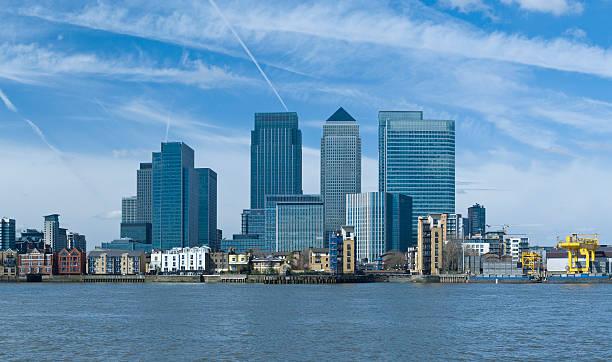 Blick über die Themse von Canary Wharf – Foto