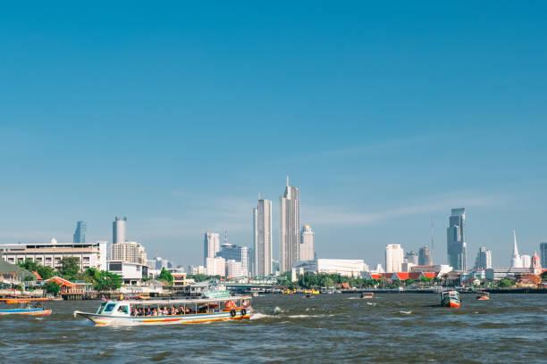 Blick entlang des Flusses Chao Phraya – Foto