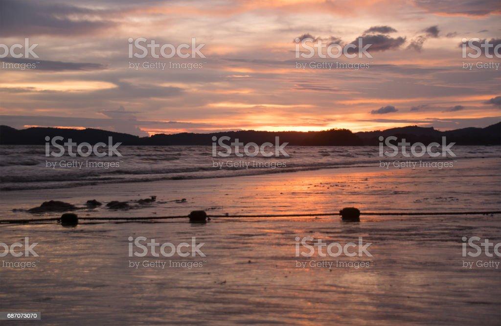 zeigen Sie Strand und Sonnenuntergang am Abend Zeit (warmen Stil an) Lizenzfreies stock-foto