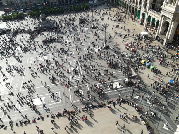 view from above Piazza Duomo Milano - foto stock