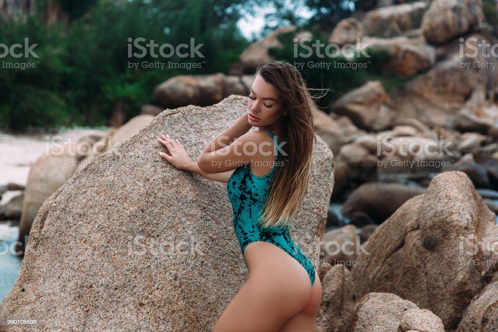 Asian nude teen model