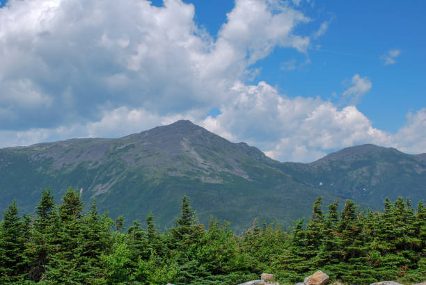 View from the top of Mt Washington Overlooking President Mountain Range on sunny day during summer. mount washington new hampshire stock pictures, royalty-free photos & images