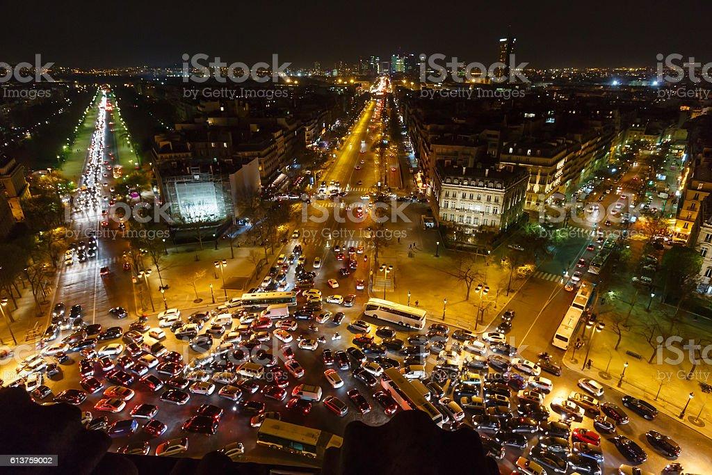 Blick vom Triumphbogen in Paris, Frankreich. – Foto