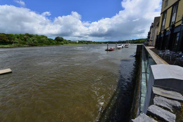 Blick von Waterford Marina in Waterford Stadt in Irland. – Foto