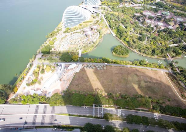 Blick nach unten vom Marina Bay Sands Hotel Singapore – Foto