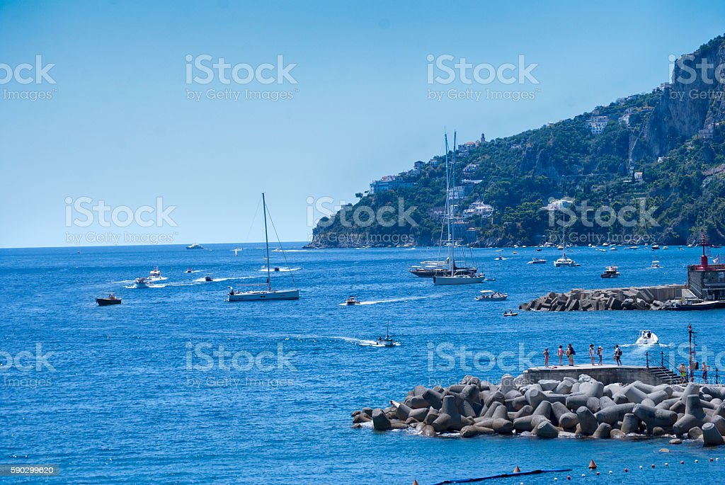 View of a bay on the Amalfi coast royaltyfri bildbanksbilder