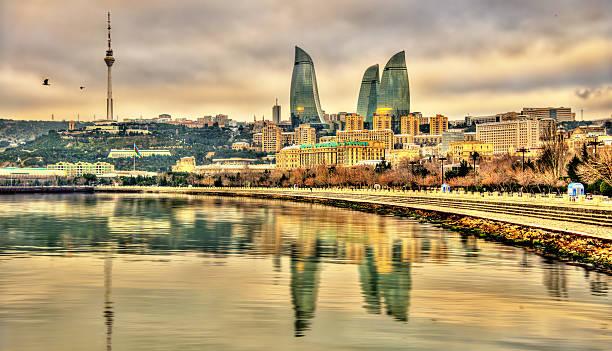 Blick auf Baku am Kaspischen Meer – Foto