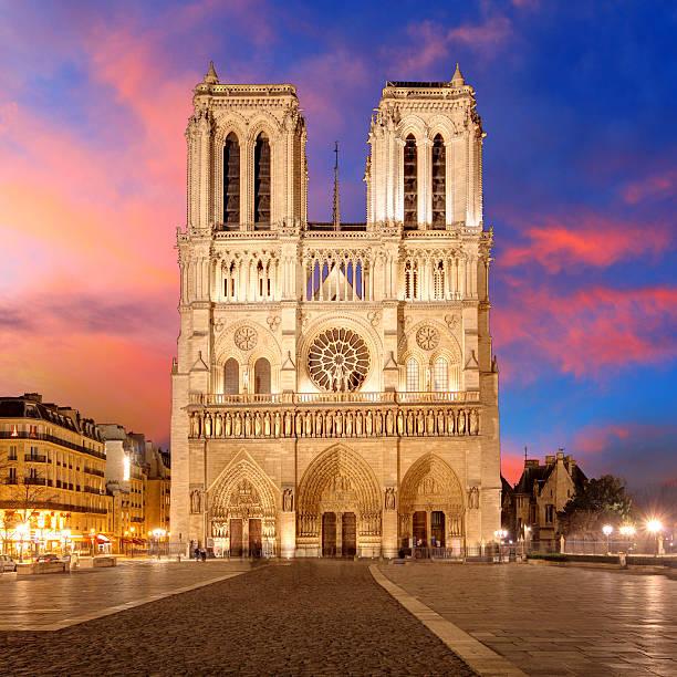paris-notre-dame - kathedrale von notre dame stock-fotos und bilder