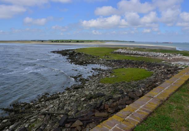 Ansicht des Charleston Seaway aus einer amerikanischen Bürgerkrieg-Festung. – Foto