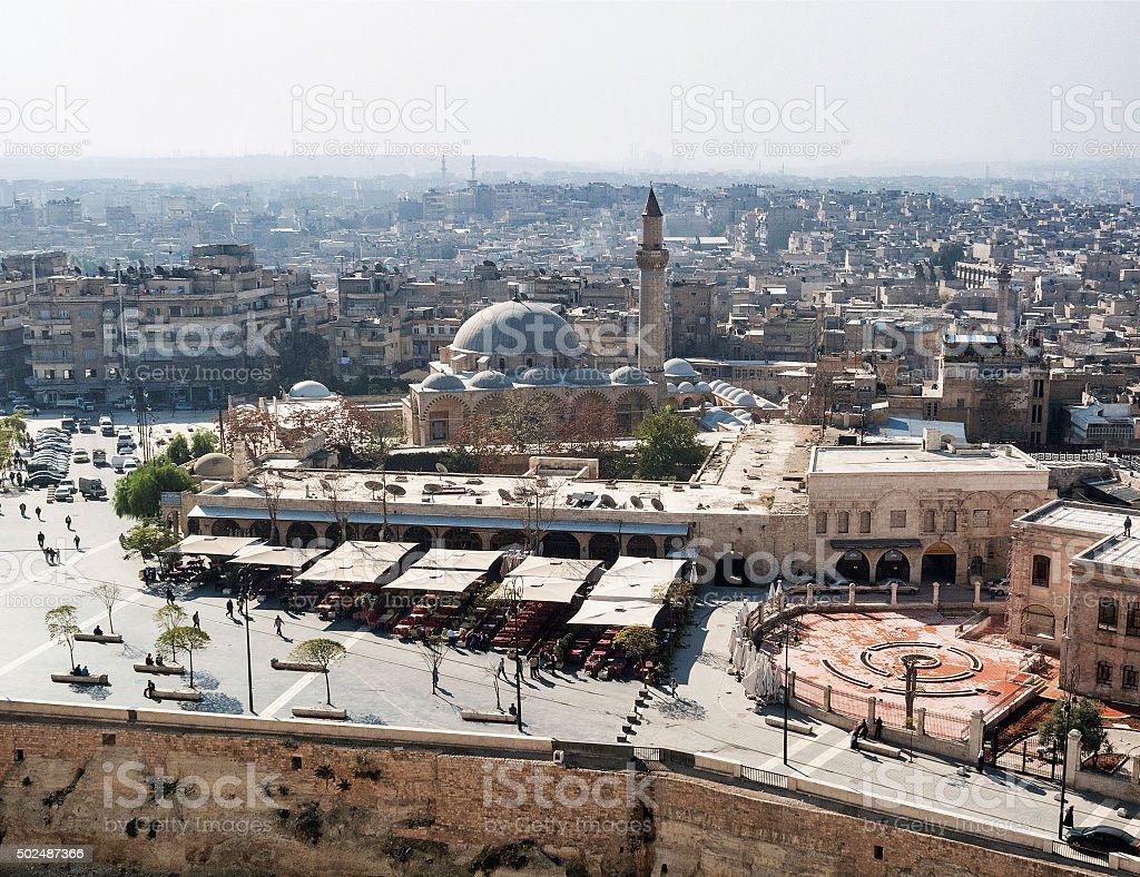 Vue sur la ville et la mosquée de aleppo Syrie - Photo