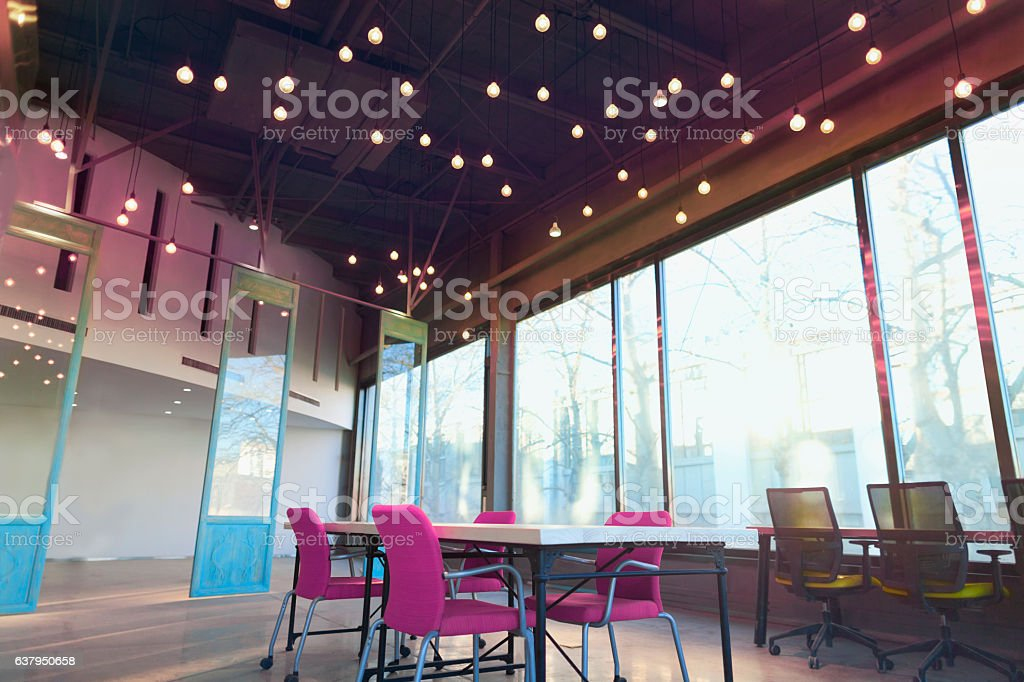View of colorful large open working studio - foto de stock