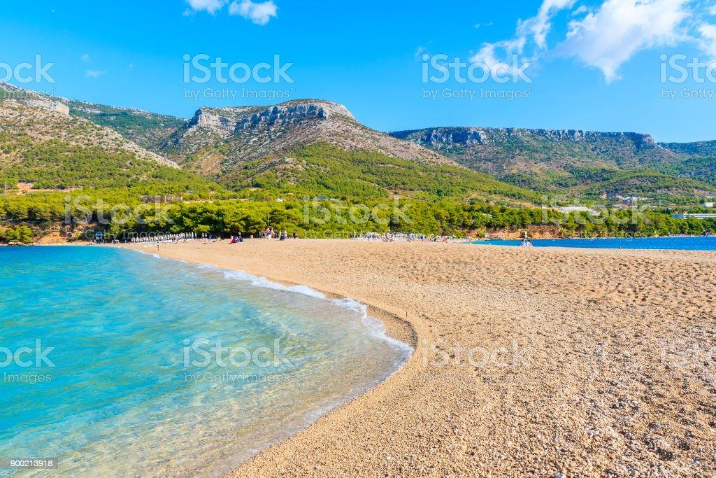 Vista De Playa Famoso Cuerno De Oro En El Bol En La Isla De Brac De
