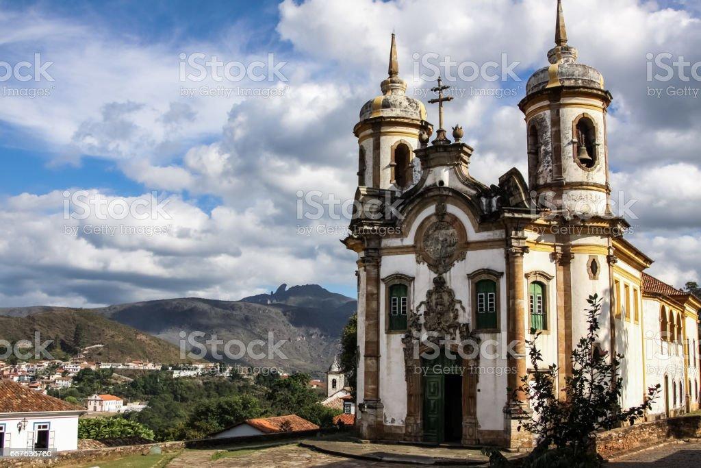 View of historic baroque church Igreja Sao Francisco de Assis, Ouro Preto, UNESCO World heritage site – Foto