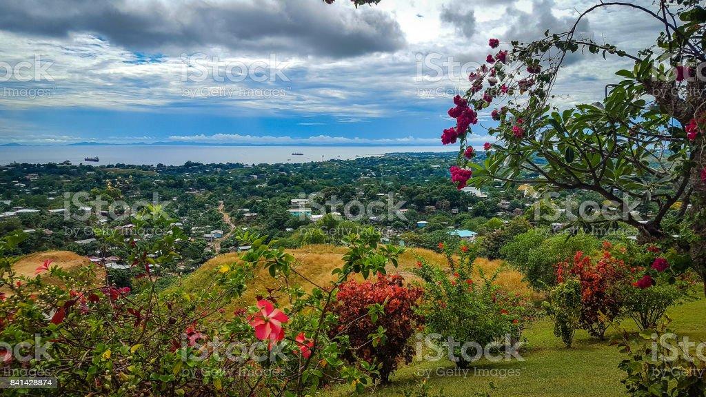 Ansicht von Honiara von der Spitze des Hügels - Lizenzfrei Blickwinkel der Aufnahme Stock-Foto