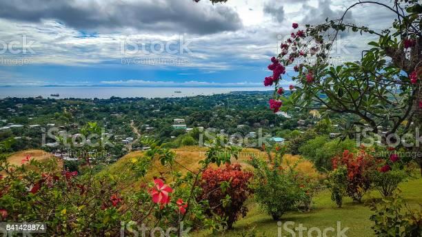 Ansicht Von Honiara Von Der Spitze Des Hügels Stockfoto und mehr Bilder von Blickwinkel der Aufnahme