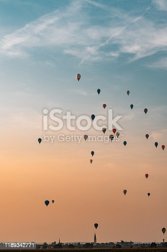 530709531 istock photo View of hot air balloons above town 1189342771