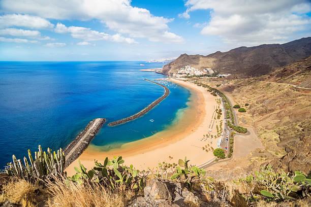 Vista de la playa de Las Teresitas, Tenerife, España - foto de stock