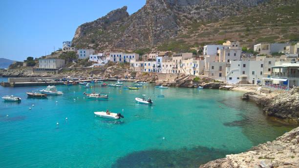 View of Levanzo's harbor island in the Mediterranean of Egadi Islands - foto stock