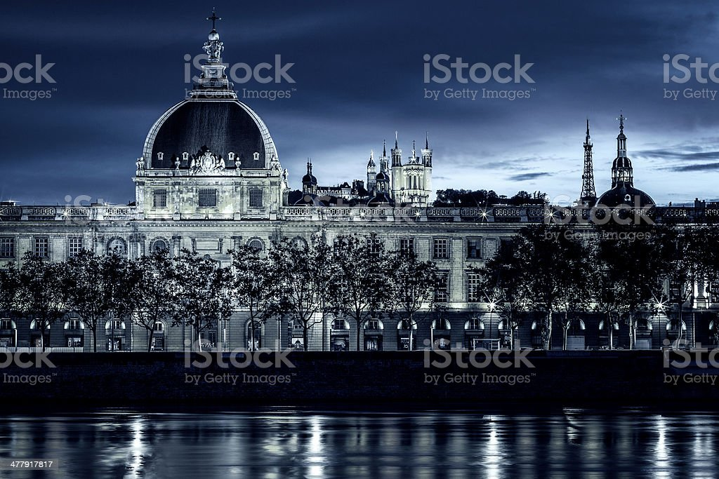 Vue de Lyon par nuit - Photo