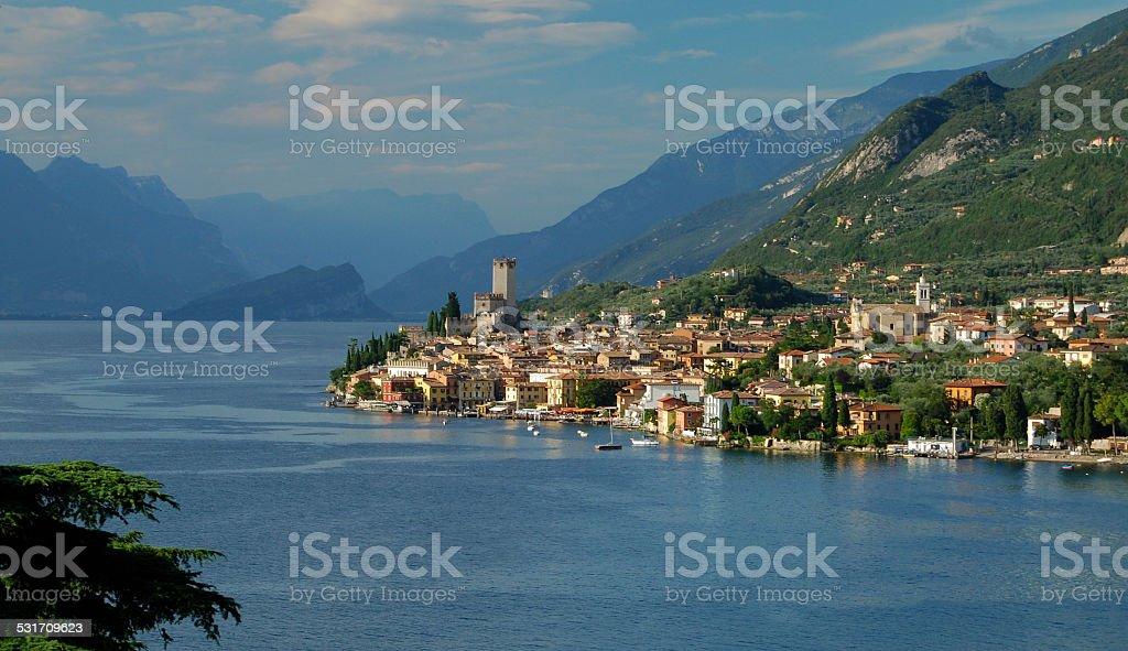 Vue de Malcesine et le lac de Garde, Italie - Photo