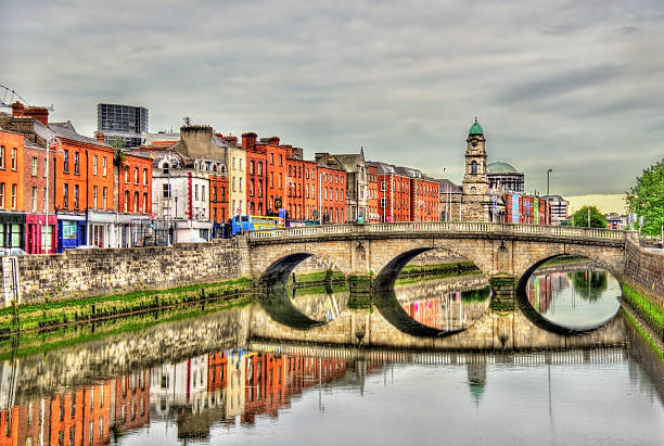 view of mellows bridge in dublin - ireland - republic of ireland stock pictures, royalty-free photos & images