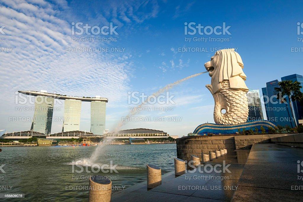 View of Merilon Statue at Marina Bay stock photo