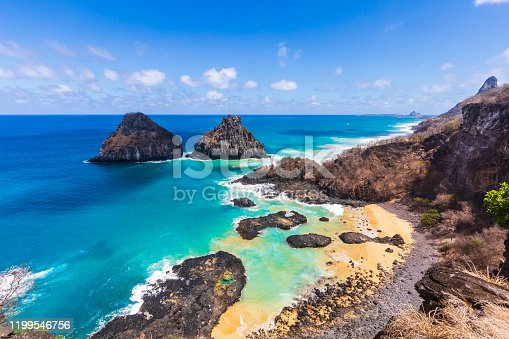 Baia dos Porcos is one of the most beautiful beaches in Fernando de Noronha and is home to several natural pools.