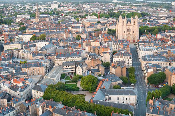 Ansicht von Nantes an einem Sommertag – Foto