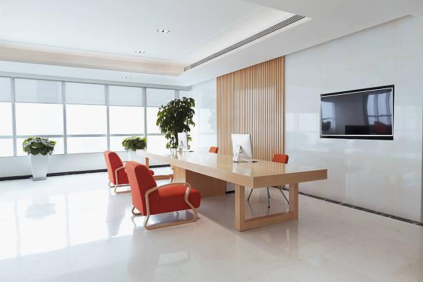 View of office reception area picture id637906956?b=1&k=6&m=637906956&s=612x612&w=0&h=ijffdzosrqjrc5e14lnlhhgcy6k9v2dqprirmne1fvq=