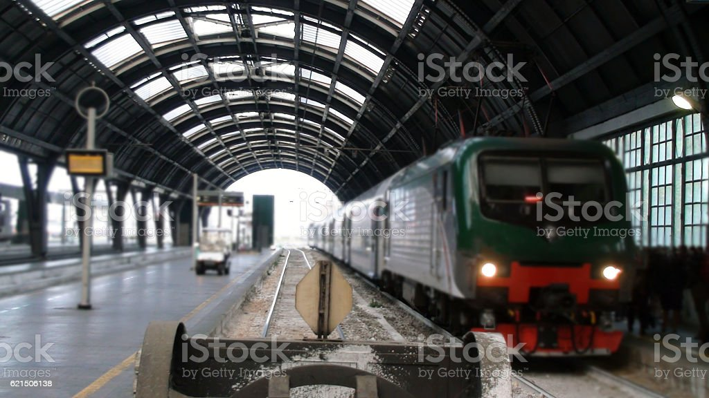 View Of Parked Train At Milan Central Railway Station.Italy photo libre de droits
