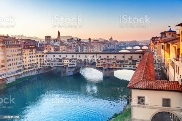 View of ponte vecchio florence italy picture id946995758?b=1&k=6&m=946995758&s=612x612&h=gm0qqvn94nl2d9 1tv3cnl9iu8te es4oxr0ihxmqfk=