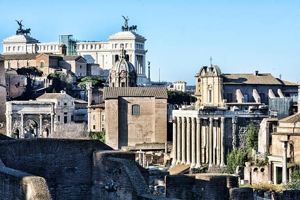 vue sur rome - palais buccal photos et images de collection