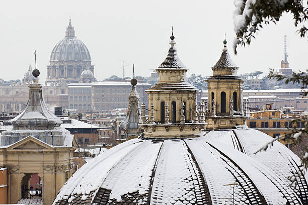 View of rooftops of rome with snow from borghese gardens picture id177245241?b=1&k=6&m=177245241&s=612x612&w=0&h=2rreryh5t84v79a9kymhmpschlpa2h j6t f0icvnhu=