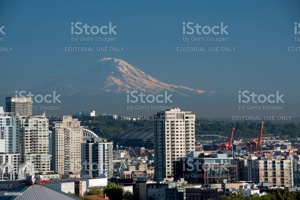 View of Seattle skyline with Mount Rainier in the distance from Kerry Park royalty-free stock photo