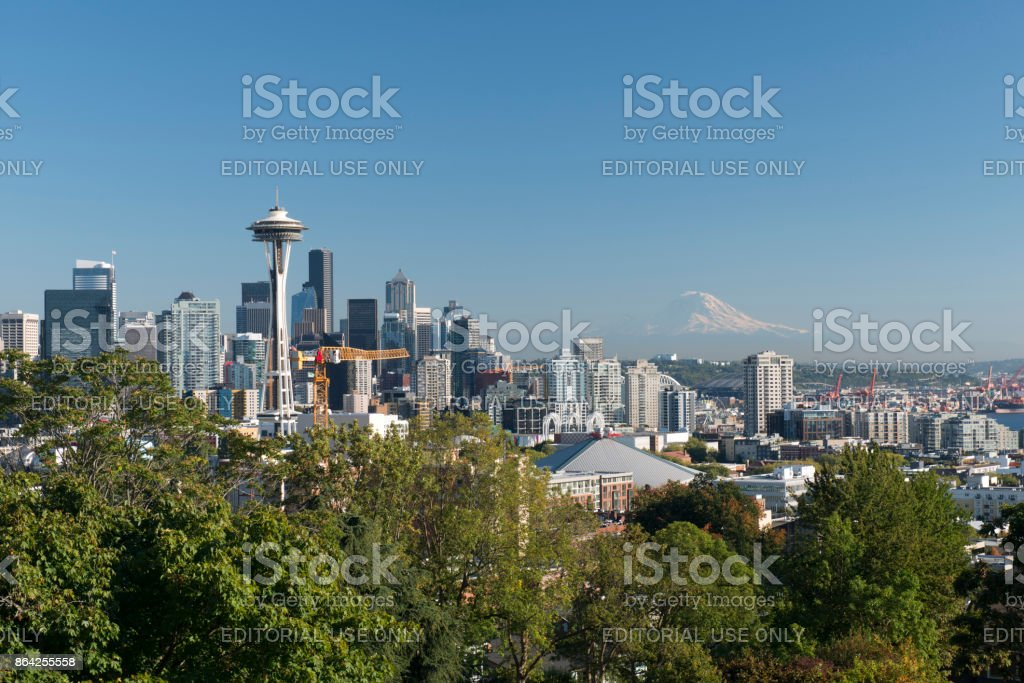 View of Seattle skyline with Mount Rainier in the distance from Kerry Park stock photo