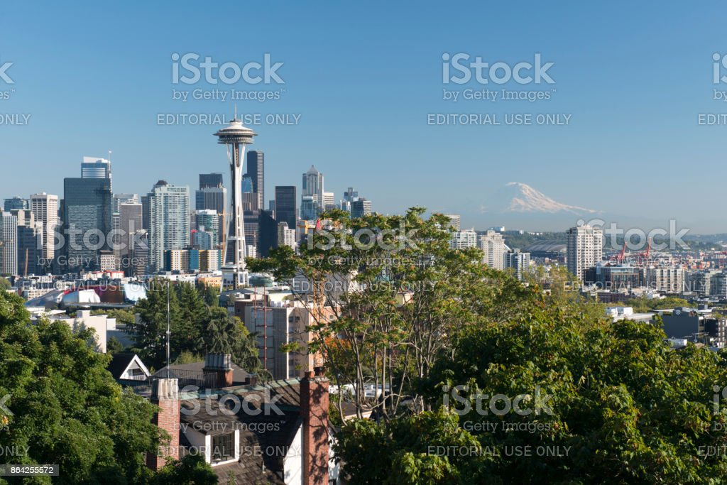 View of Seattle skyline with Mount Rainier in the distance royalty-free stock photo
