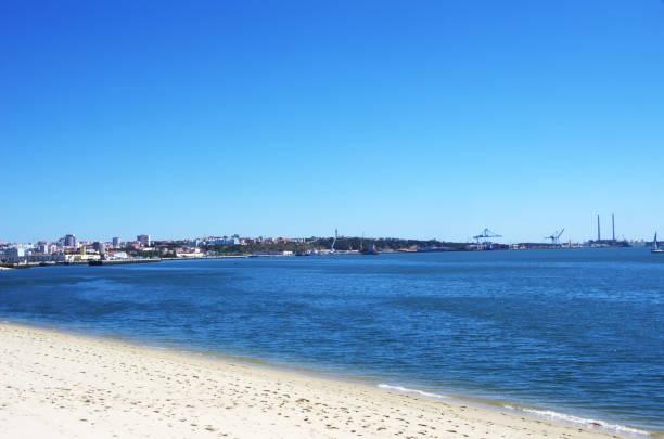view  of setubal port, portugal - setubal imagens e fotografias de stock