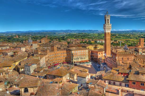 Blick auf Siena Hauptplatz vom Turm Facciatone – Foto