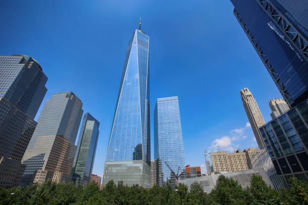 Blick auf Wolkenkratzer One World Trade Center – Foto