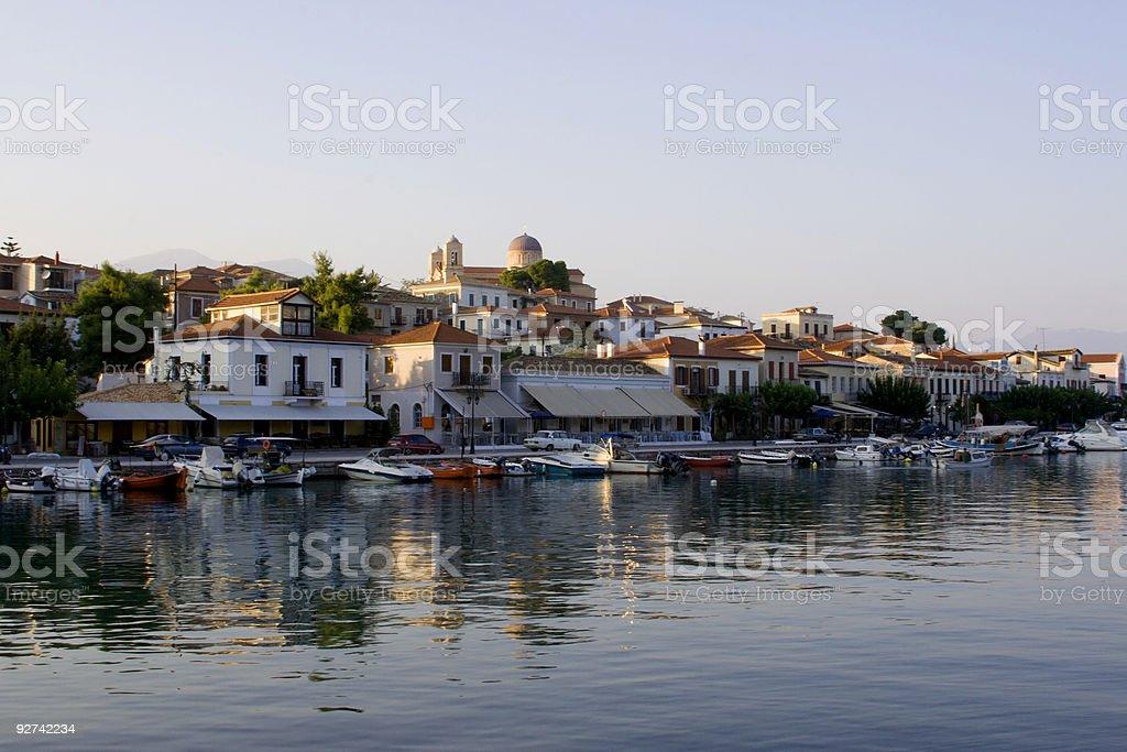 Blick auf kleine griechische Hafen Lizenzfreies stock-foto