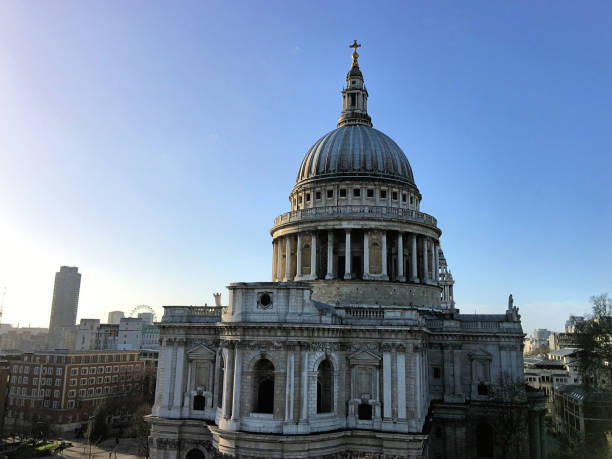 utsikt över st paul's i london - paul simon bildbanksfoton och bilder