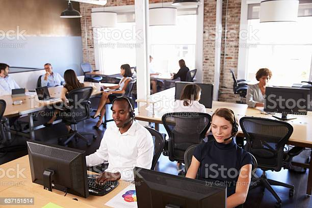 View of staff in busy customer service department picture id637151514?b=1&k=6&m=637151514&s=612x612&h=nvtgxjfnszgrlqf8ivnv2jzdpxd3k6gxy 9mu0 12oa=