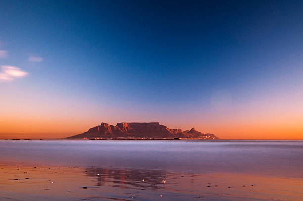view of table mountain - table mountain south africa stock pictures, royalty-free photos & images