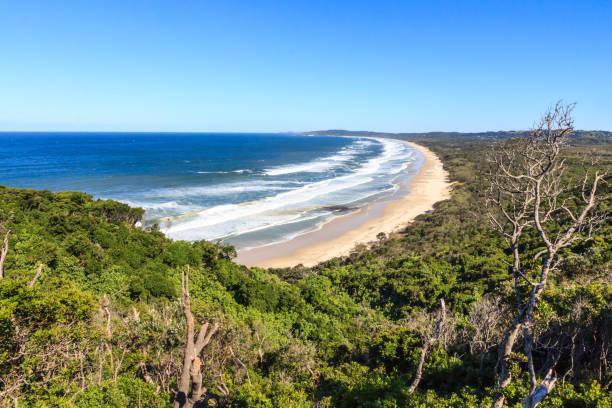 Blick auf den Strand von Tallow vom Kap Byron – Foto