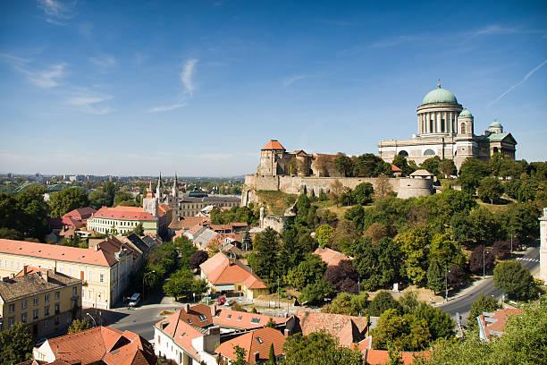View of the Basilica of St. Adalbert in Esztergom – Foto